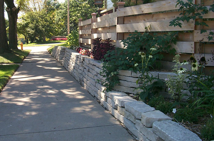 appleton limestone retaining wall