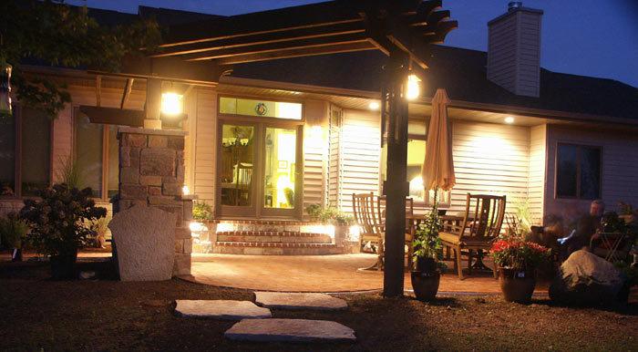 neenah_masonry_patio_1