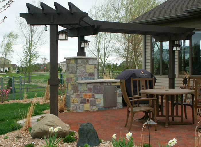 neenah_masonry_patio_4