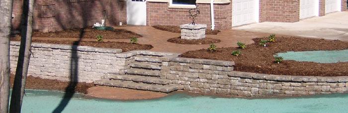 Retaining walls, pavers and landscaping at neenah home