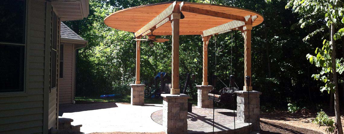 Neenah: Patio Shade