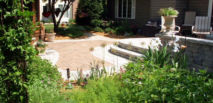 recycled pavers in multi-level patio