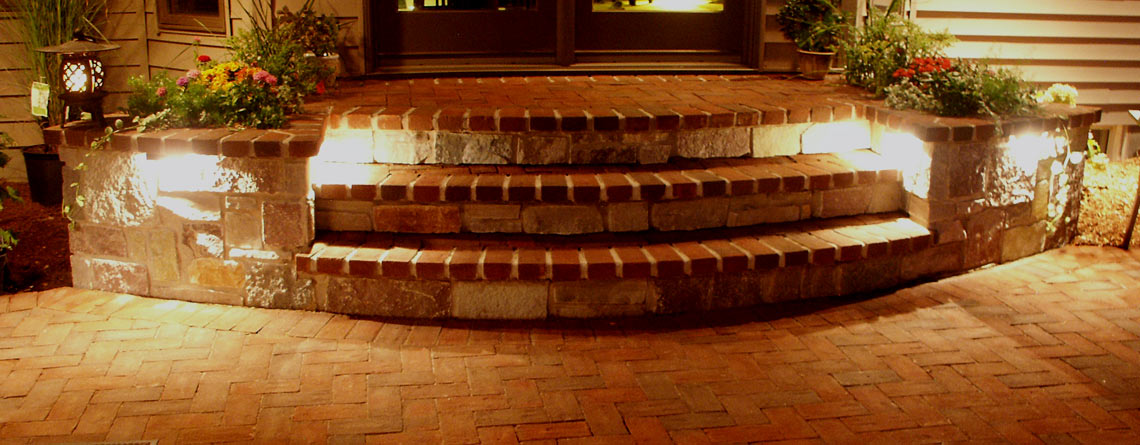 Neenah: Brick Patio