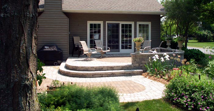 Winneconne: Tiered Patio on Tiered Yard Ideas id=79364